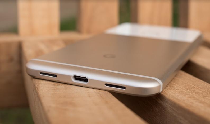 ВGoogle подтвердили выпуск телефона Pixel 2