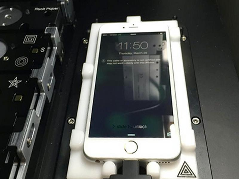 Размещены  фотографии «калибровочной машины» для ремонта телефонов  Apple iPhone