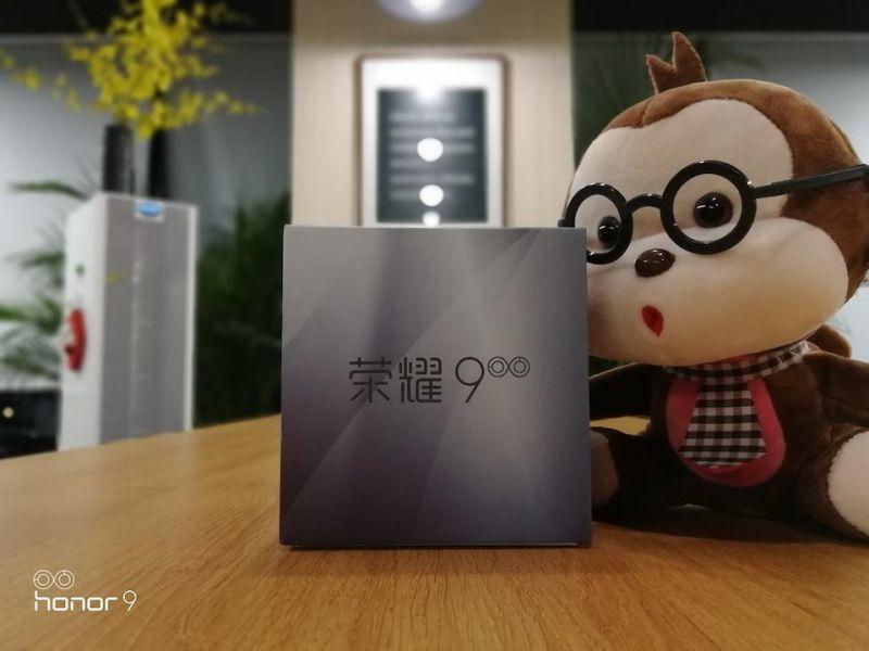 Huawei представила смартфон Honor 9
