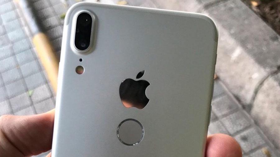 Появились фотографии iPhone 8 с расположенным сзади Touch ID