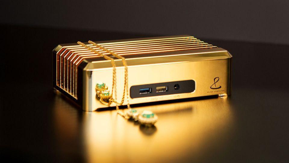 Он ваш за 1 млн долларов: золотой мини-ПК