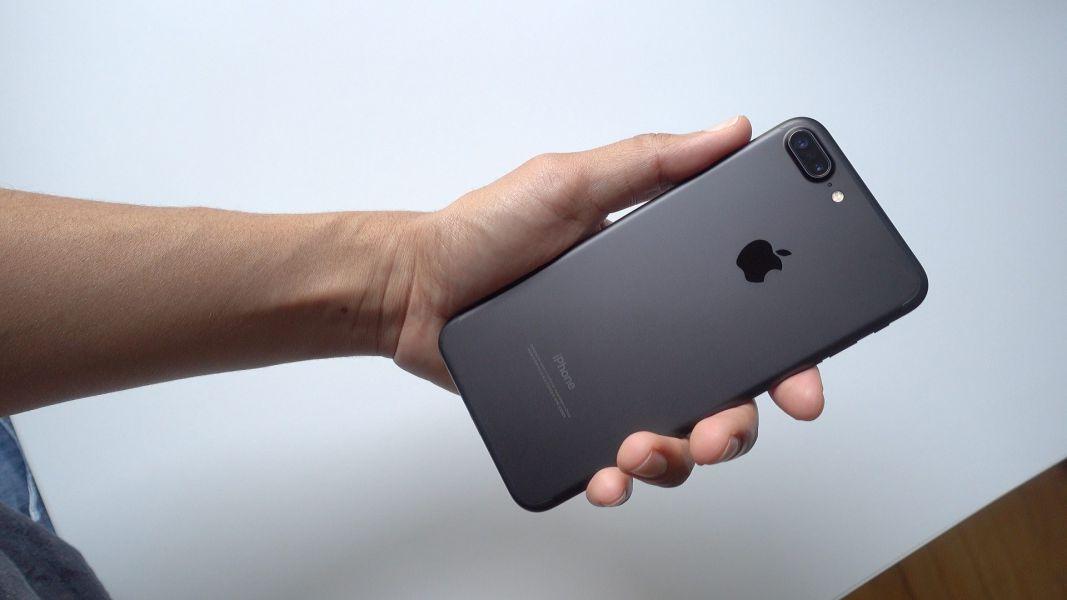 Специалисты назвали iPhone Xхудшим кошмаром, случившимся наяву