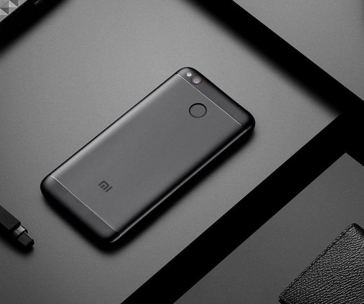 Безрамочный Xiaomi Redmi Note 5 показался наживом фото