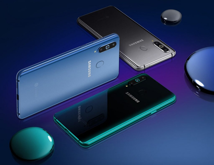 Samsung анонсировала смартфон Galaxy A8s с «дырявым» экраном