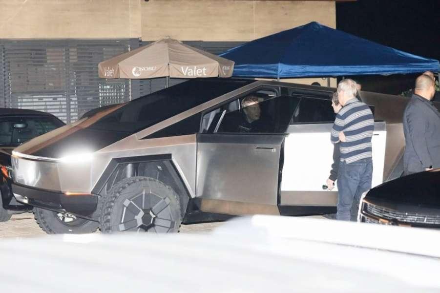 Tesla Cybertruck Elon Musk Driving